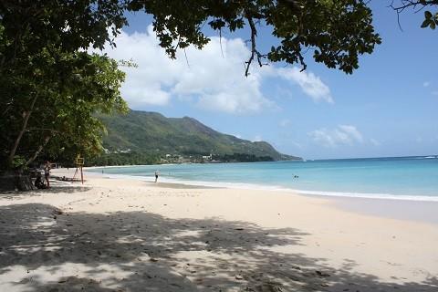 отдых на Сейшельских островах, пляж Бо Валлон (Beau Vallon)