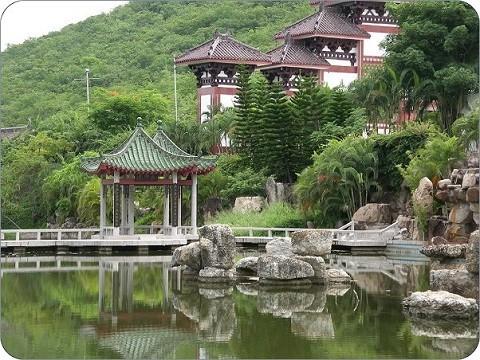 Отдых на острове Хайнань, центр традиционной китайской медицины в бухте Дадунхай