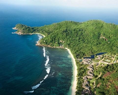 отдых на Сейшельских островах - остров Силуэт весь покрытый зеленью