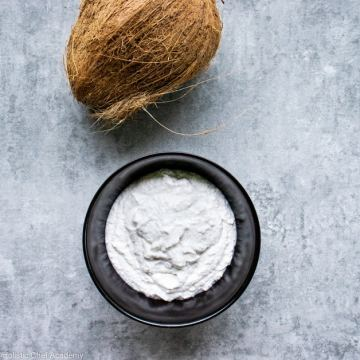 homemade vegan coconut yogurt