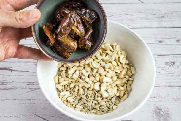 adding-dates-to-the-bowl