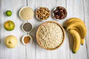 ingredients-for-sesame-bircher