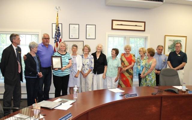 Hollis Selectmen Recognize Colonial Garden Club of Hollis