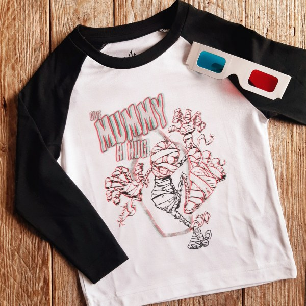 Give Mummy a Hug 3D Shirt and 3D Glasses