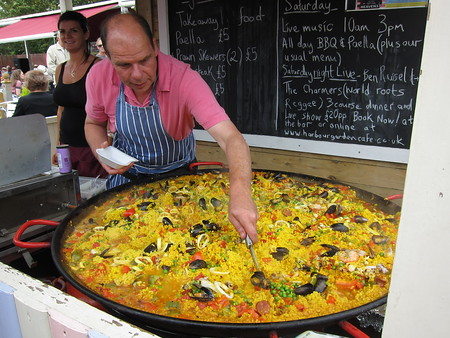 Huge pan of paella!