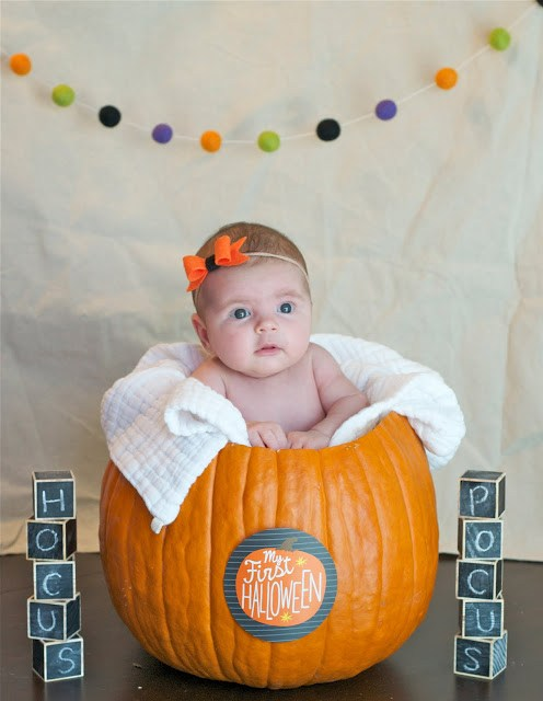 newborn Halloween Picture