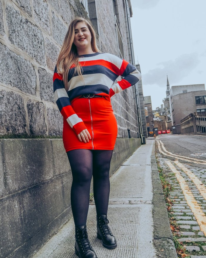 Red Zip front skirt Autumn restyling