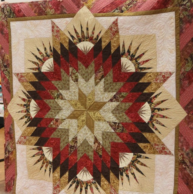 Janie's Summer Solstice - quilting by ME aka HollyDee Quilts