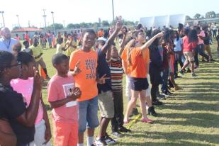 IMG_9322 Bethune Elementary students 'give peace a chance'