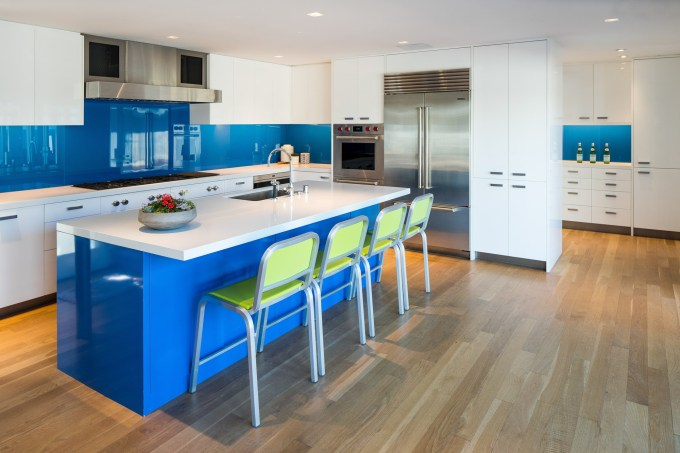 Bright and Blue Accent in Kitchen