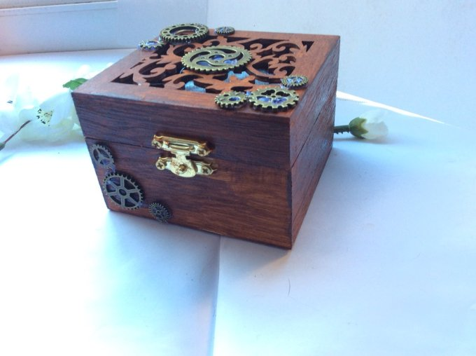 Have Some Small Wooden Jewelry Boxes