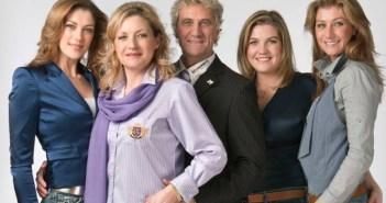 Carmen Pfaff niet direct enthousiast over tv-comeback De Pfaffs: 'Zou dat nog wel marcheren?'