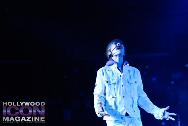 Justin-Bieber-Staples-Center-Los-Angeles-©-JB-Brookman-Photography-Hollywood-Icon-Magazine-8fhim