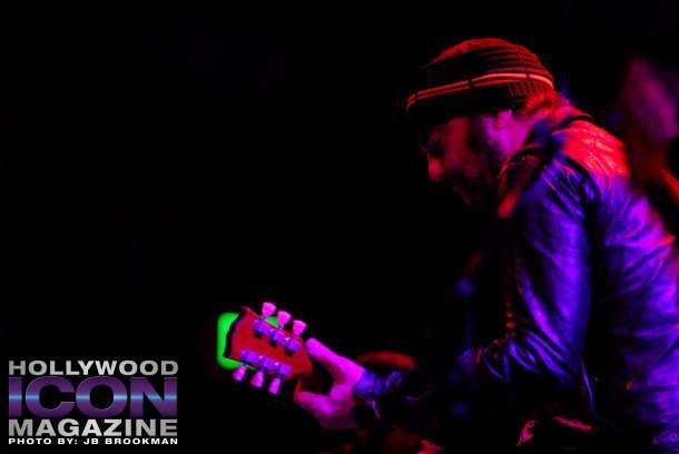 Daniel-Lanois-and-Black-Dub-El-Rey-©-2011-JB-Brookman-Photography-6fhim