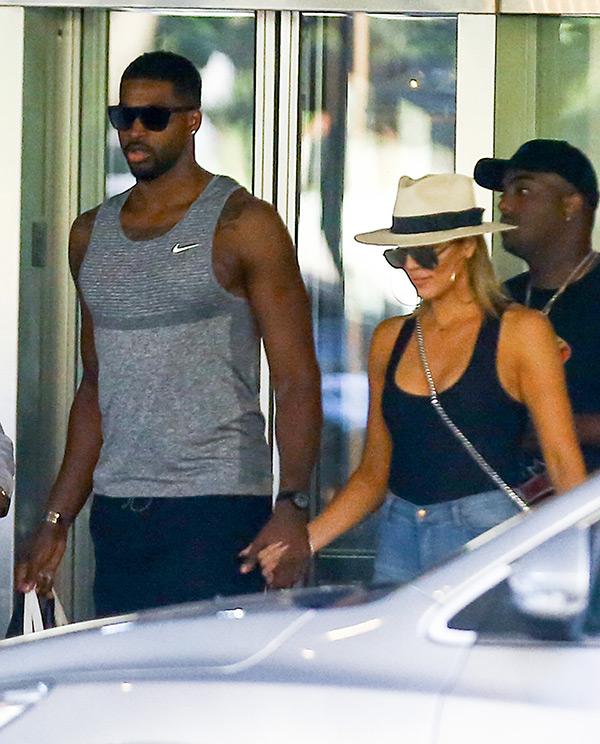 PICS Khloe Kardashian & Tristan Thompson Holding Hands ...