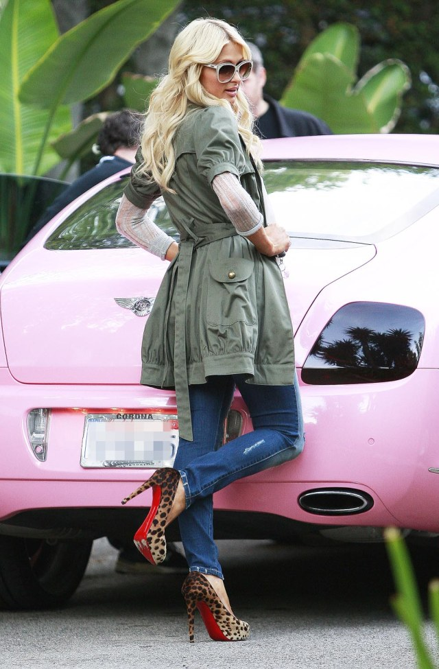 Paris Hilton and her pink Bentley Continental GT car 'The Simple Life' TV programme filming, Beverly Hills, Los Angeles, America - 18 Nov 2010 Paris Hilton in tight ripped jeans and leopard patterned high heels filming her reality show 'Simple Life' at Nicky Hilton's home.