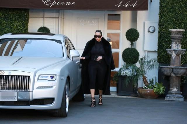 Kim Kardashian visiting a EPION salon in Beverly Hills, California. Pictured: Kim Kardashian Ref: SPL1231774 190216 NON-EXCLUSIVE Picture by: SplashNews.com Splash News and Pictures USA: +1 310-525-5808 London: +44 (0)20 8126 1009 Berlin: +49 175 3764 166 photodesk@splashnews.com World Rights