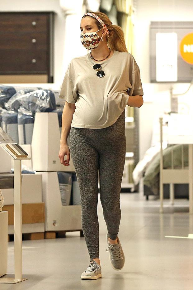 Emma Roberts shopping