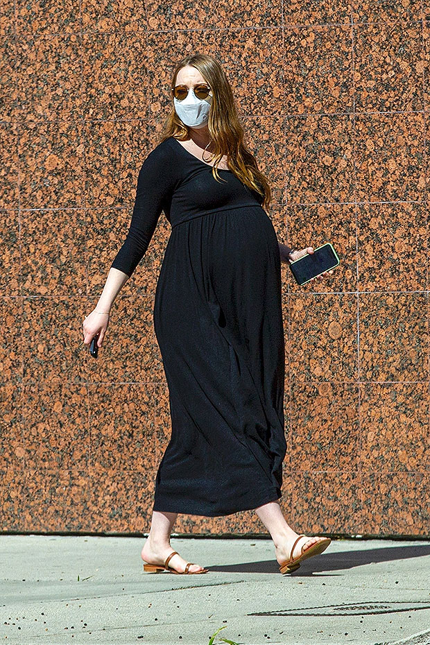 Pregnant Emma Stone, 32, Looks Gorgeous With Big Baby Bump In LA After Look At Her 'Cruella' Film