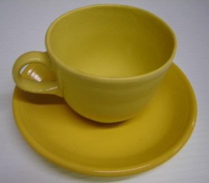 CAT IN THE HAT: STUNT BREAK AWAY TEA CUP & SAUCER