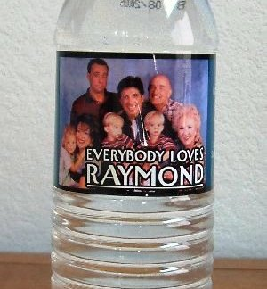 EVERYBODY LOVES RAYMOND: Bottled Water w/cast Pic