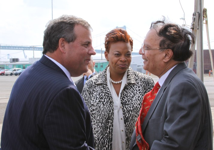 NJ Governor Chris Christie, Camden Mayor Dana Redd, and Holtec President and CEO, Dr. Krishna Singh meet at the July 14 press conference