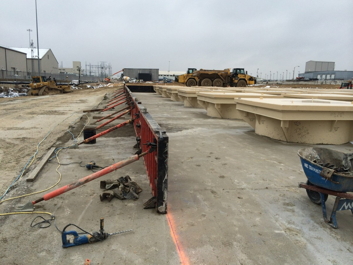Form work for the top pad of the HI-STORM UMAX at Ameren's Callaway