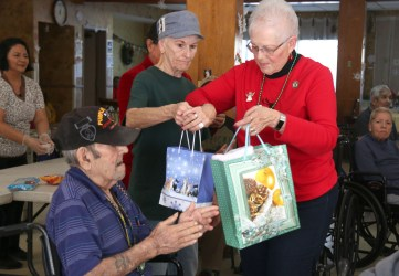 Blossom Valley Vets Receive Holiday Visit from American Legion