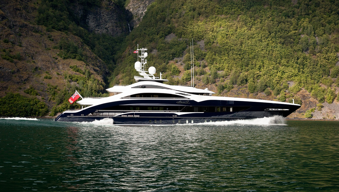 23 Super Yachts Of The Filthy Rich Holy Horse Power Page 9
