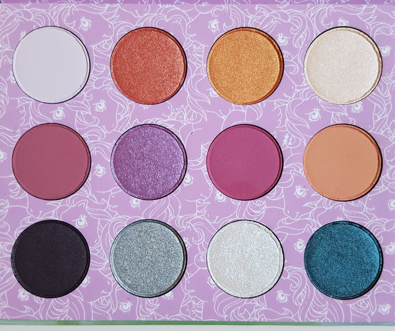 Gros plan sur les fards de la palette Colourpop x my little pony