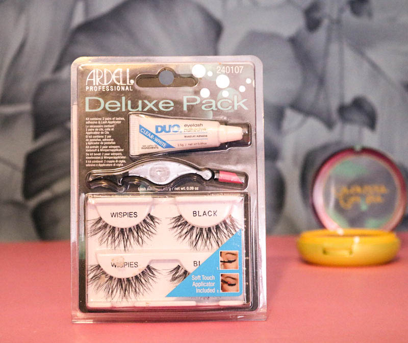 pack defaux cils ardell reference wispies avec colle et pose faux cils