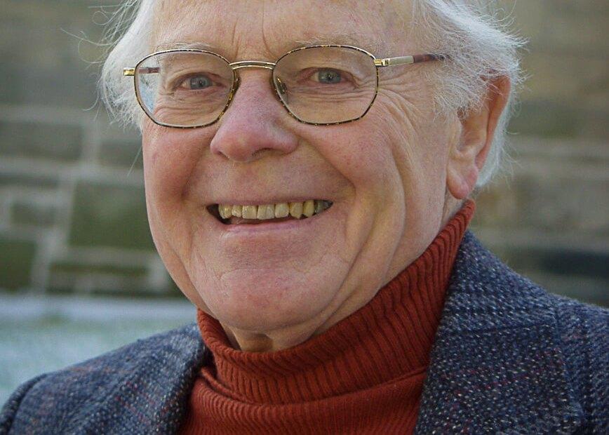 headshot Ian Sowton