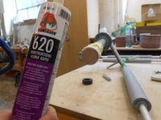 Konstruktionskleber PUR-Kleber hält auf Alu- Eisengewinde, Holz