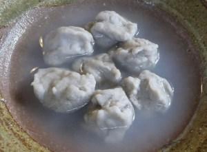茹でた蕎麦掻き