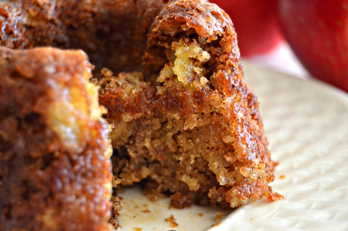 Apple Walnut Spice Cake   Homan at Home