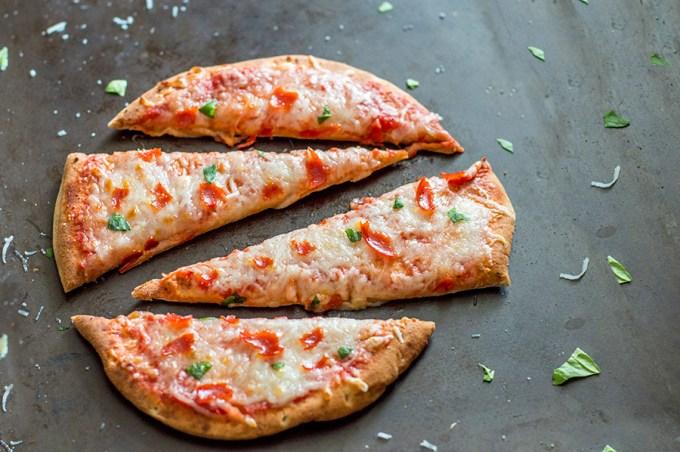 Pepperoni Pita Pizzas   Homan at Home