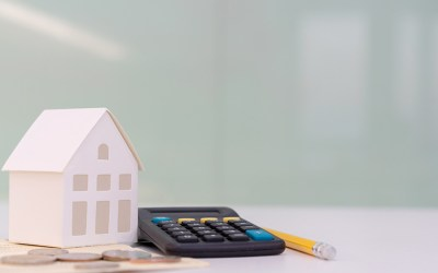 Mortgage rates hold steady at 3.18%