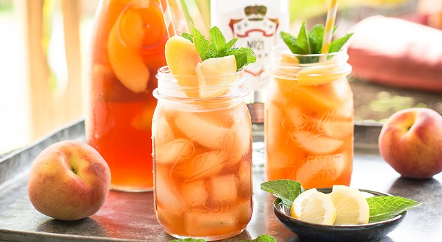 hombre1 com   Red, White & Boozy Cocktails From Smirnoff