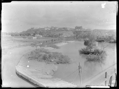 4CA-0418-VI Vista panorámica de Toledo desde el noroeste