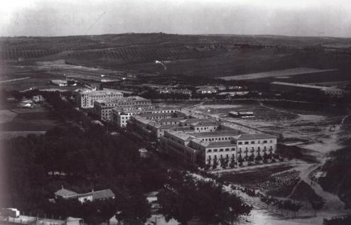 1955. Av. Reconquista