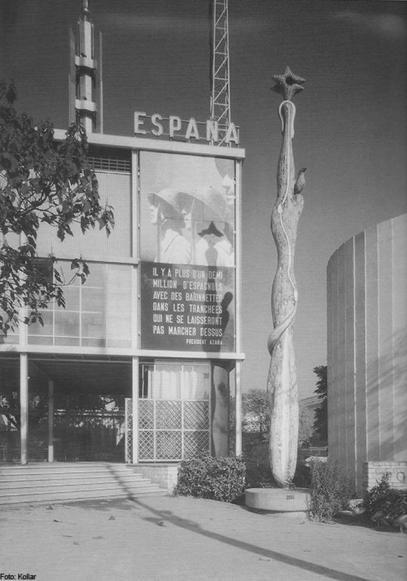 El pabellón español en la Exposición Internacional de París de 1937.