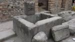 Una fuente pública en las calles de Pompeya