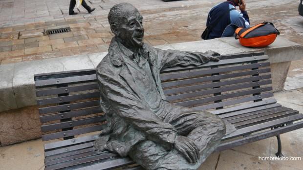 Luis Riera Posada, escultura en la calle