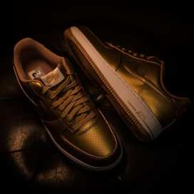 nike-olympic-fever-metallic-gold-air-force-1-3