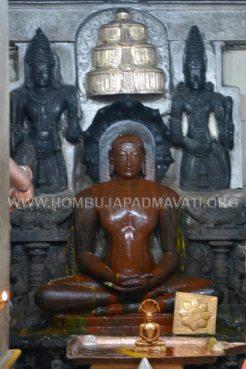 Hombuja-Jain-Math-Parshwanath-Janma-Kalyana-2017-0031