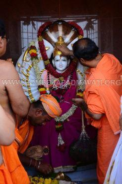 Hombuja-Jain-Math-Rathotsava-Parshwanath-Swamy-Abhisheka-21