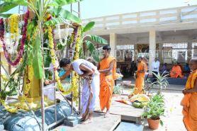 Parshwanath_Jain_Temple_Damasamprokshana_Pooja_Dhwajastambha_Punarpratishta_0013