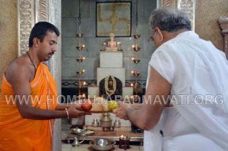 Hombuja-Jain-Math-Dharmasthala-Veerendra-Hegde-Visit-0005