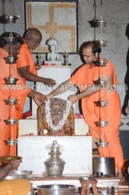 Hombuja-Jain-Math-Kanagiri-Arihantagiri-Swamiji-Visit-2017-007