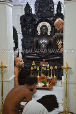 Humcha-Hombuja-Jain-Math-Muni-Chandraguptasagar-Suheshsagar-Sangh-Mangala-Pravesha-0011